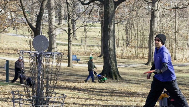 Seventy-two players participated in the Wabash Disc Golf Club Ice Bowl last Saturday.