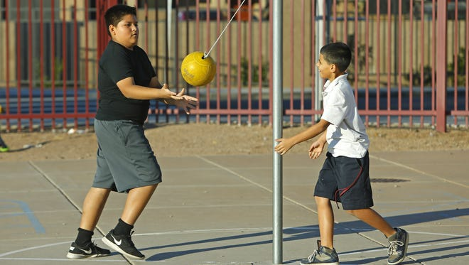 Parents are pressing lawmakers to protect recess for students.