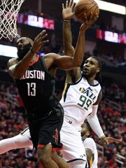 Jazz_Rockets_Basketball_76250.jpg