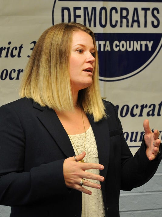 Catie Robinson announces run for county commissoner