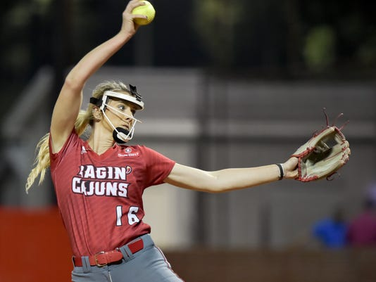 636223595908169547-Cajuns.vs.Iowa.State.Softball.02.10-5178.jpg