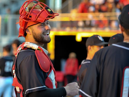 636241817138282431-fans-Cajuns.SouthernMiss.baseball.03.03-3094.jpg