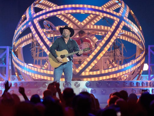 Garth Brooks performs at the Cajundome- Friday, June