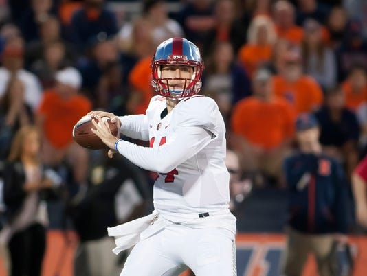 NCAA Football: Western Kentucky at Illinois