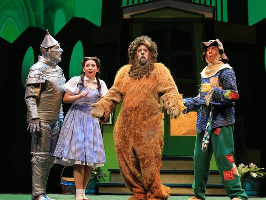 636463404713414993-Wizard-of-Oz-National-Tour-Four-Friends-Oz-1.jpg