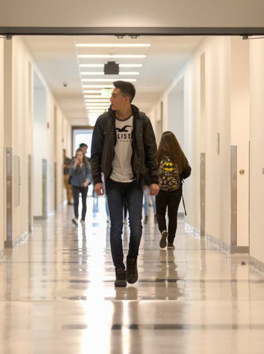 Students head to class on Monday, Jan. 8, 2018 at Farmington High School.