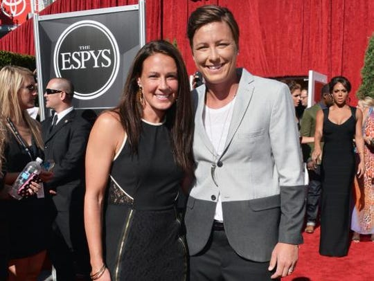 Sarah Huffman, left, and Abby Wambach at the 2013 ESPY