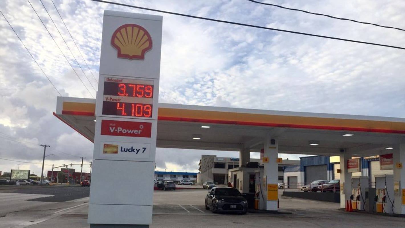 the drop of gas prices Gas prices dropped in ottawa wednesday morning as refineries switched to winter blended gasoline, which is cheaper to produce.