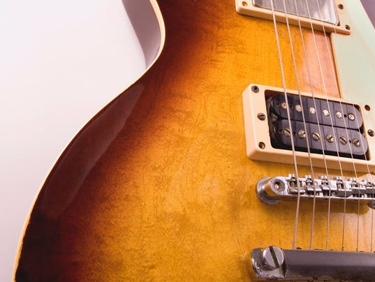 ELM guitar-ThinkstockPhotos-145995163.jpg