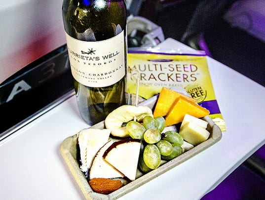 XXX Business-Travel-airlines-and-wine05