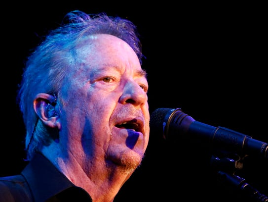 Boz Scaggs performs at the annual Swan Ball Saturday,