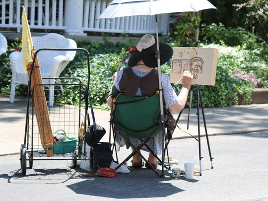 Lakeside Chautauqua hosted a 'Plein Air Art Festival,' where more than 30 artists flocked to paint outdoor landscapes.