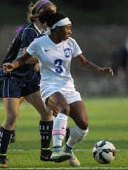 Summit Country Day's Ravin Alexander scored all three of the teams goals in the 3-0 win over Seven Hills on Thursday.