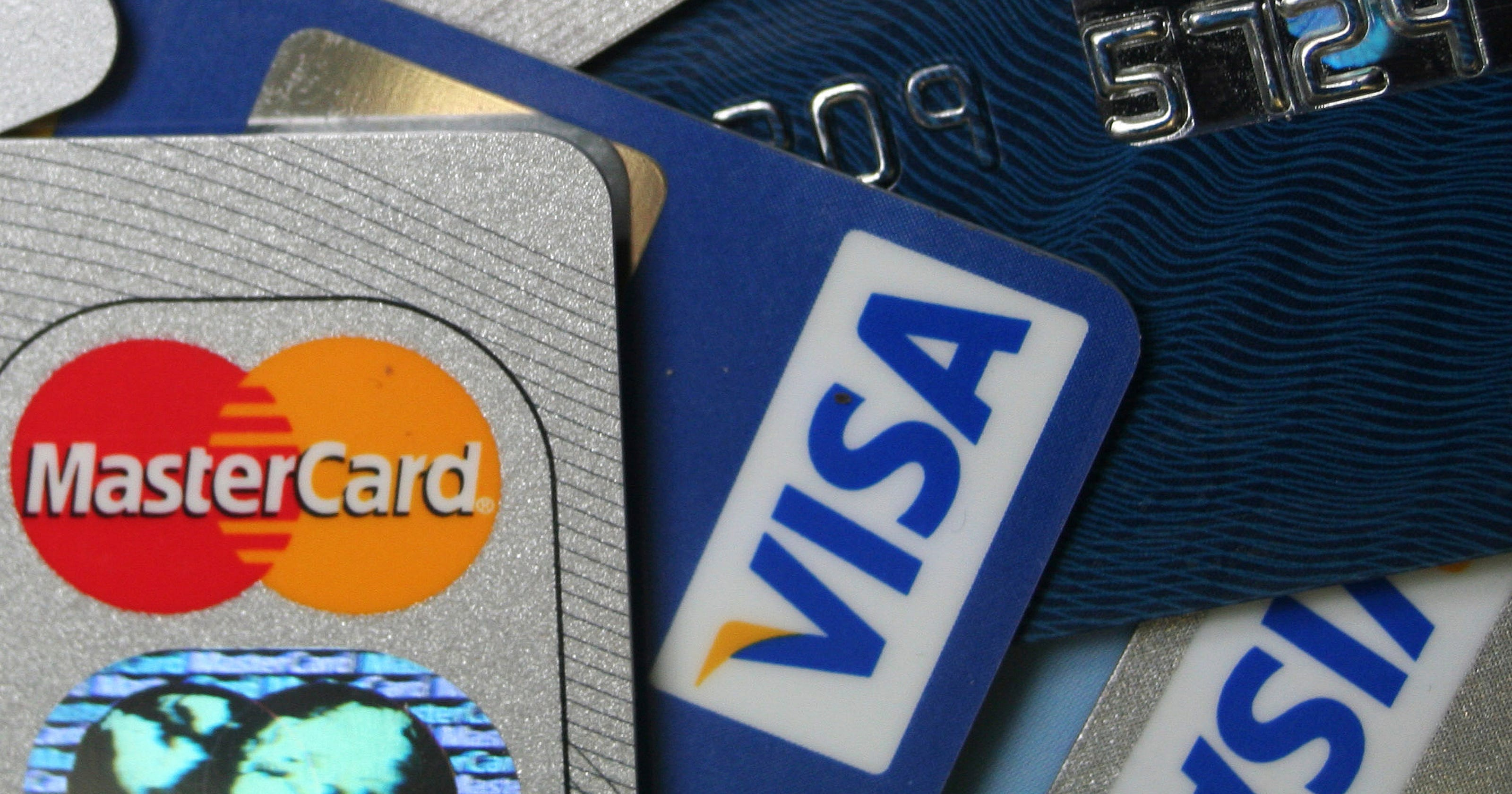 The Only 4 Times You Should Max Out Your Credit Card
