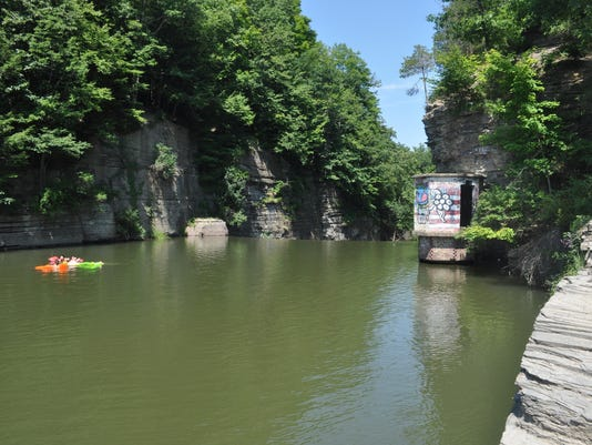 20150727_Second Dam / Chapter House ac