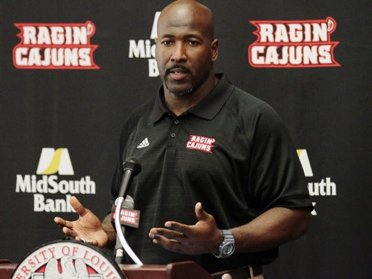 Former UL defensive coordinator James Willis has been brought back as a 'defensive analyst' for the Ragin' Cajuns.