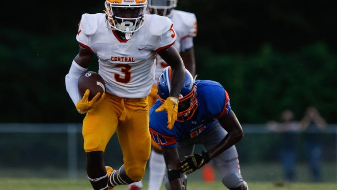 Clarke Central's Jairus Mack (3) runs the ball during a GHSA high school football game between Cedar Shoals and Clarke Central in Athens, Ga., on Friday Spet. 4, 2020. Clarke Central was victorious, 10-3.