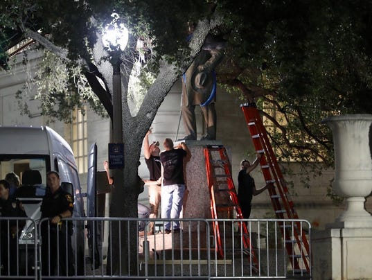 636392653657803935-texas-tribune-confederate-statue-removed-ut-austin.jpg