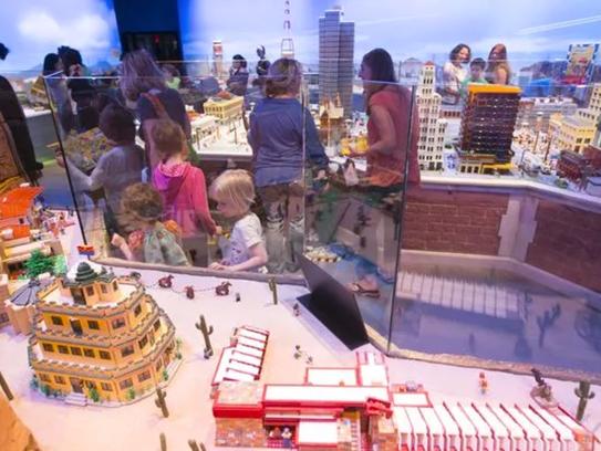 """""""Bloque o Trato"""" en el LEGOLAND Discovery Center de"""