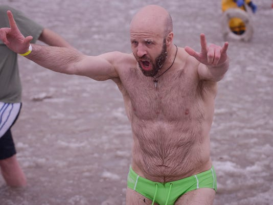 JW_PolarPlunge_020815_News_M
