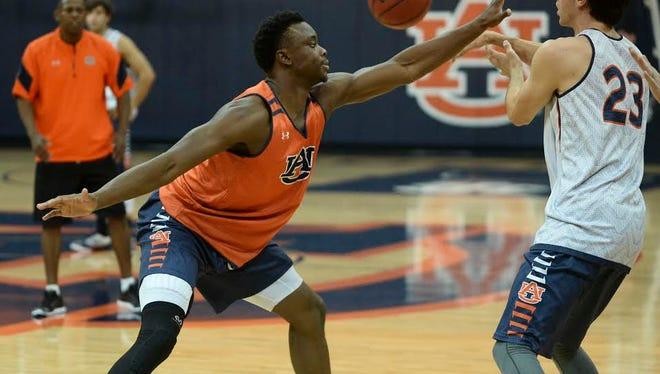 Auburn freshman guard Mustapha Heron at an open practice on Sept. 30, in Auburn Arena.