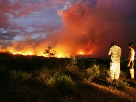 The Cave Creek complex fire in 2005 between Bartlett