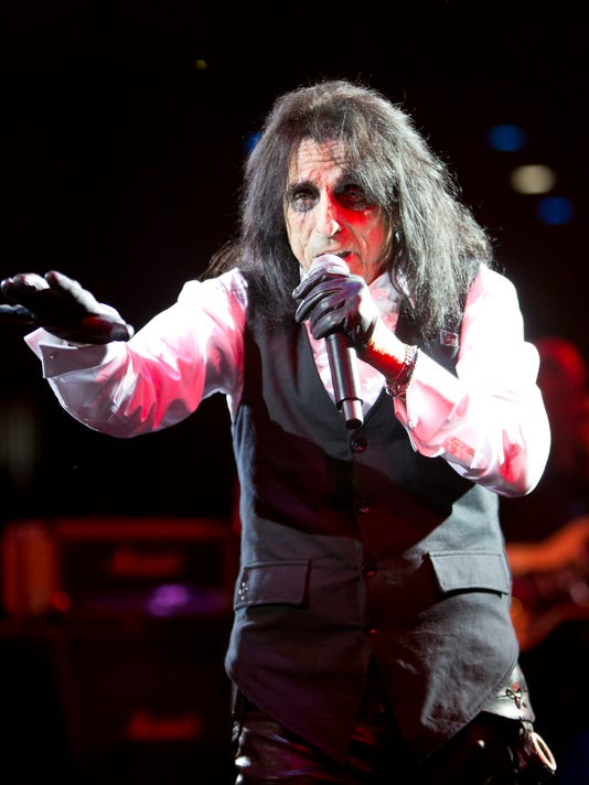 Alice Cooper's Christmas Pudding Fundraiser