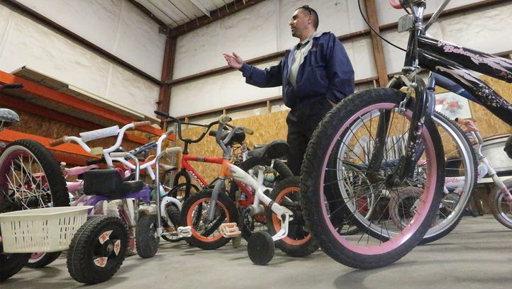 Unique city warehouse turns trash to treasure, offers free furniture, appliances, more