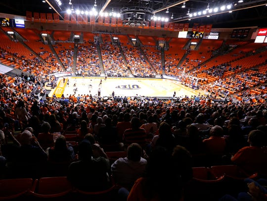 The office of the WNIT reported that the crowd of 5,023
