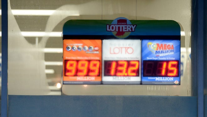 A sign Tuesday, Jan. 12, 2016, at Phillips Drugs in Richmond isn't able to display the entire Powerball jackpot.