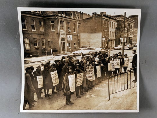 Protestors in front of York City Hall in 1970.