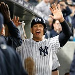 Yankees left fielder Aaron Hicks makes superhero throw Wednesday.