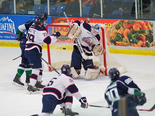Ripping a one-timer into the Saginaw net is Plymouth Whalers forward Mathew Campagna (No. 90).