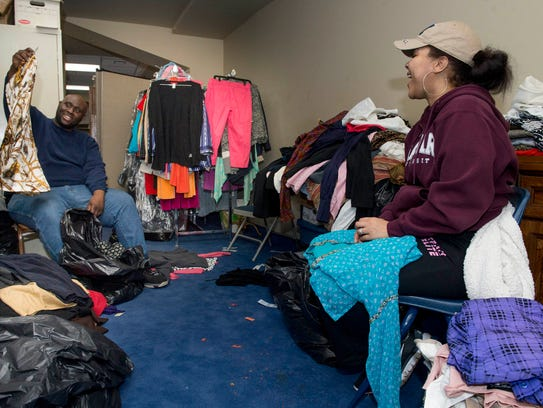 Church offers new clothes at pop up store as easter gift greater grace temple members daryel peake of oak park negle Images