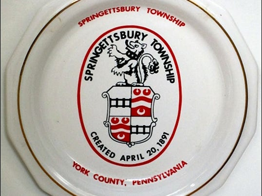 Plate with Early Version of the Springettsbury Township Crest (Collections of S. H. Smith)