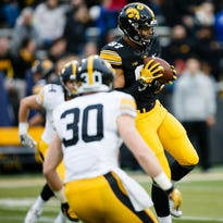 Police: Hawkeyes' Fant was threatened with gun in Omaha