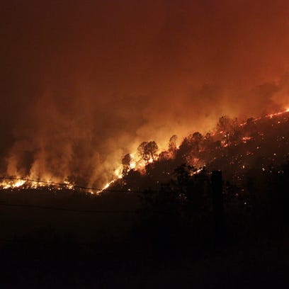 Yosemite-area fire destroys 45 structures and grows to 70k acres