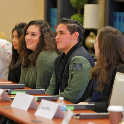Hispanic Chamber workshops encourage Salinas students to attend college