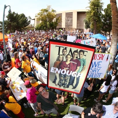 Marchers, protesters clash at Phoenix March For Our Lives
