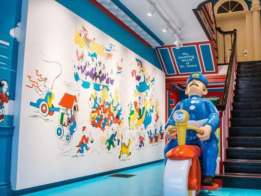 Seuss-Museum-Entry-Hall
