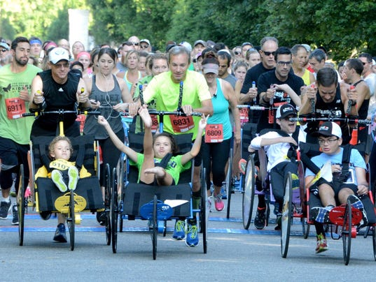 636491357023473094-Fusion-Inclusion-at-the-Run-for-Kids-5K-at-Nemours.jpg
