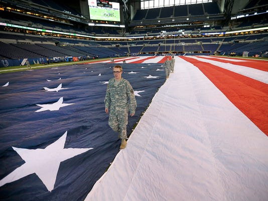 635820677862478976-American-Flag-National-Guard-1-