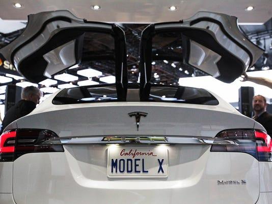 Tesla-Model-X-1-1-39CODAIK-L720876437-1-.JPG