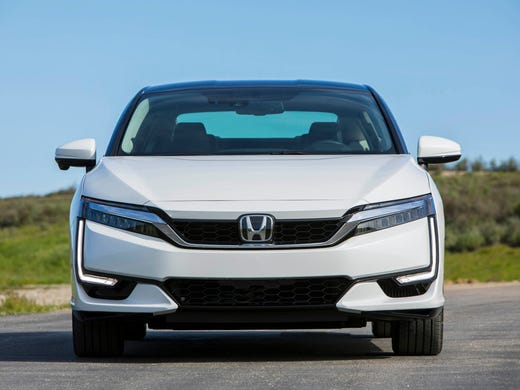 First Drive Honda Clarity Soars With Hydrogen