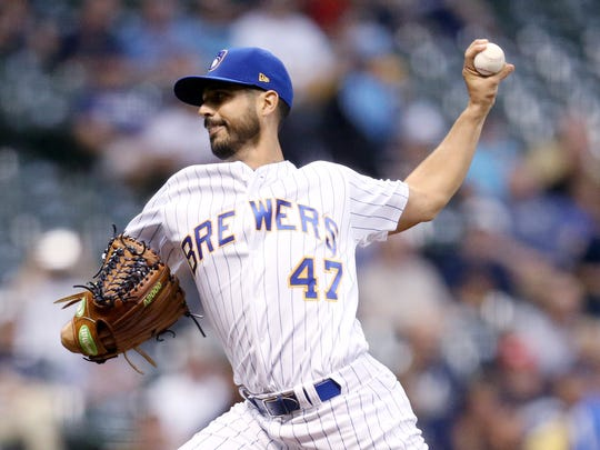 Milwaukee Brewers starting pitcher Gio Gonzalez