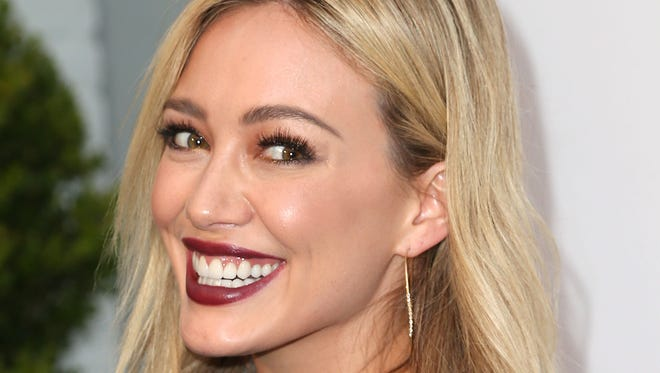 Actress Hilary Duff attends the Stars Celebrate the ASPCA's Commitment to Los Angeles on May 6, 2014 in Beverly Hills, California.