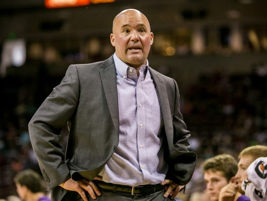 Lipscomb coach Casey Alexander