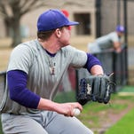 LSUE baseball opens practice