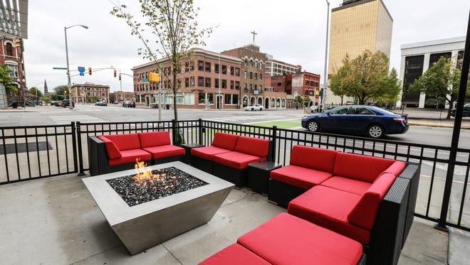 Restaurants With Outdoor Seating In Indianapolis A Big Fat Guide