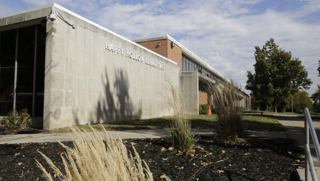 West Lafayette may use the old Happy Hollow Elementary School as its city hall while the Morton Community Center gets renovated.